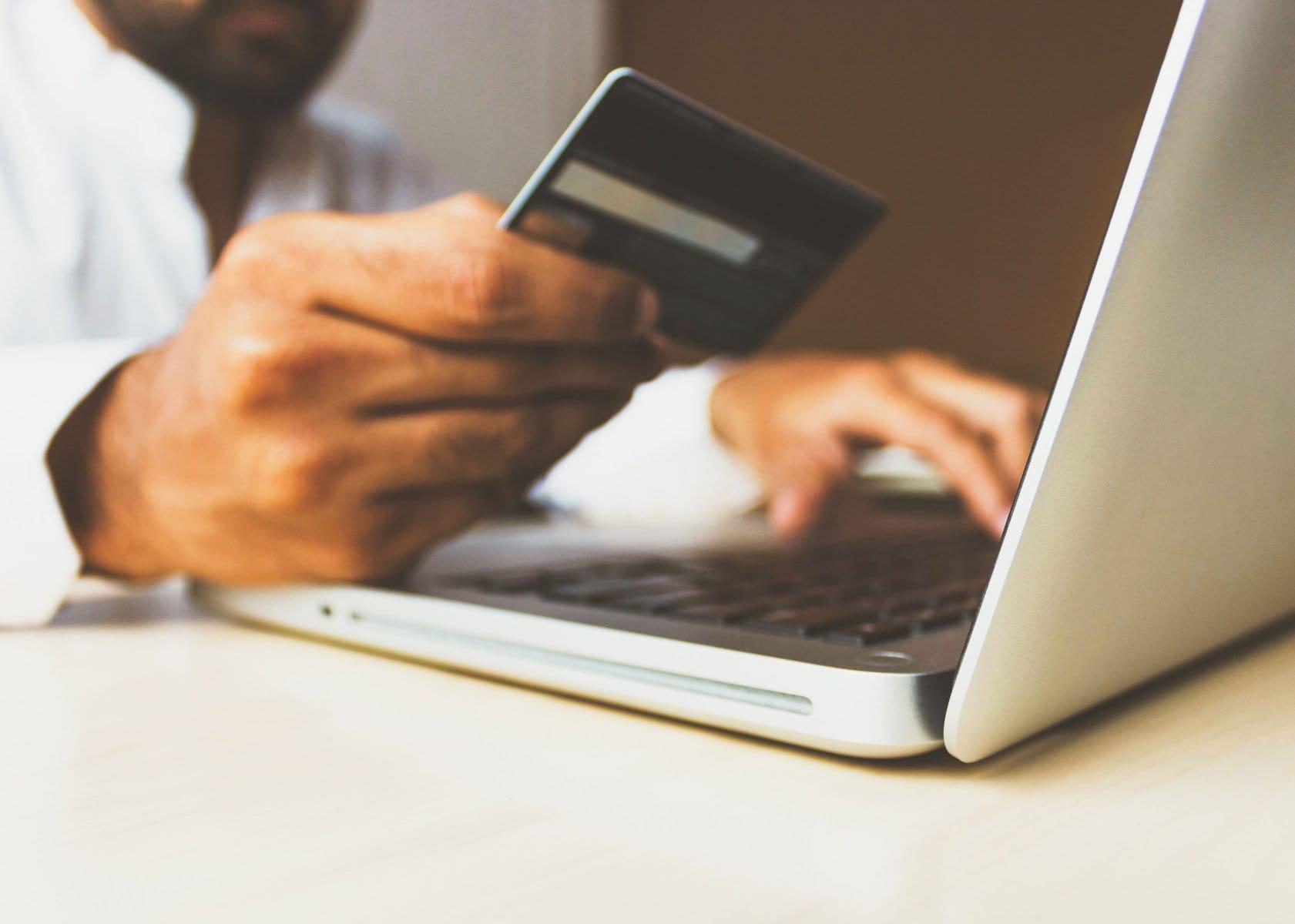Sicher online kaufen – mit diesen Tipps sollte es keine bösen Überraschungen geben